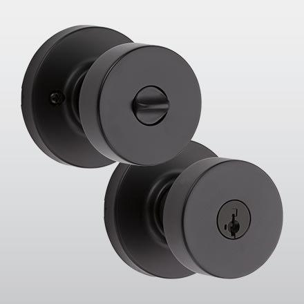 Kwikset 97402-858 Pismo Keyed Entry Modern Door Knob Iron Black